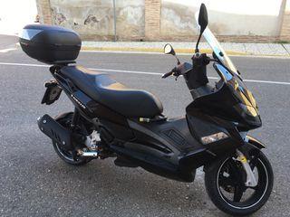 Moto Gilera Aprilia Nexus 300i.e.