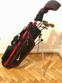 Equipo de golf niño.