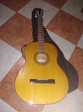 GUITARRA OPORTUNIDAD