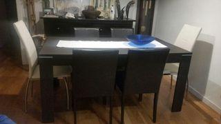 Mesa comedor +6 sillas. Muy buen estado.