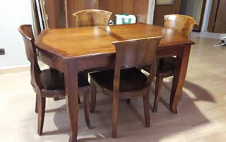 Taula menjador i cadires. Mesa de comedor y sillas