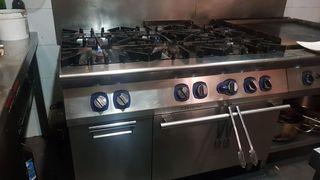 Cocina a gas 6 quemadores/ plancha fry top t