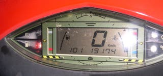 Relojes de Moto marca Aprilia Area51 revisados