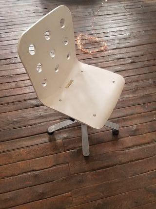 Jules Ikea silla oficina ruedas