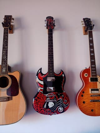 Guitarra Emily the Strange limited edition