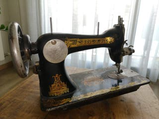 Máquina de coser SINGER 1906