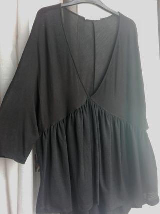 Camiseta mujer. Negra. Talla S/M.