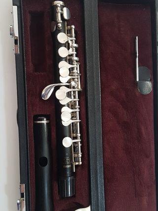 flautín Yamaha 62