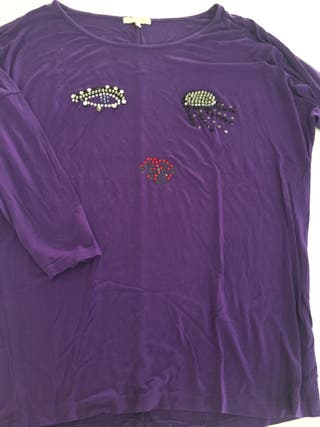 Camiseta Hanny Deep morada con pedrería