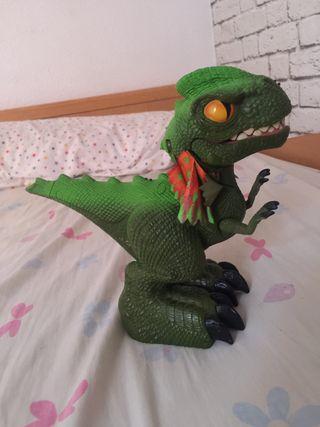 muñeco de dragon