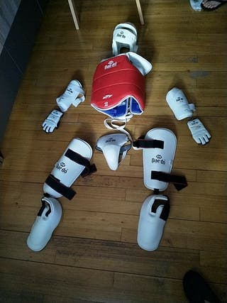 protecciones de taekwondo marca Daedo