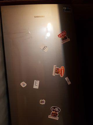 se vende frigorífico combi