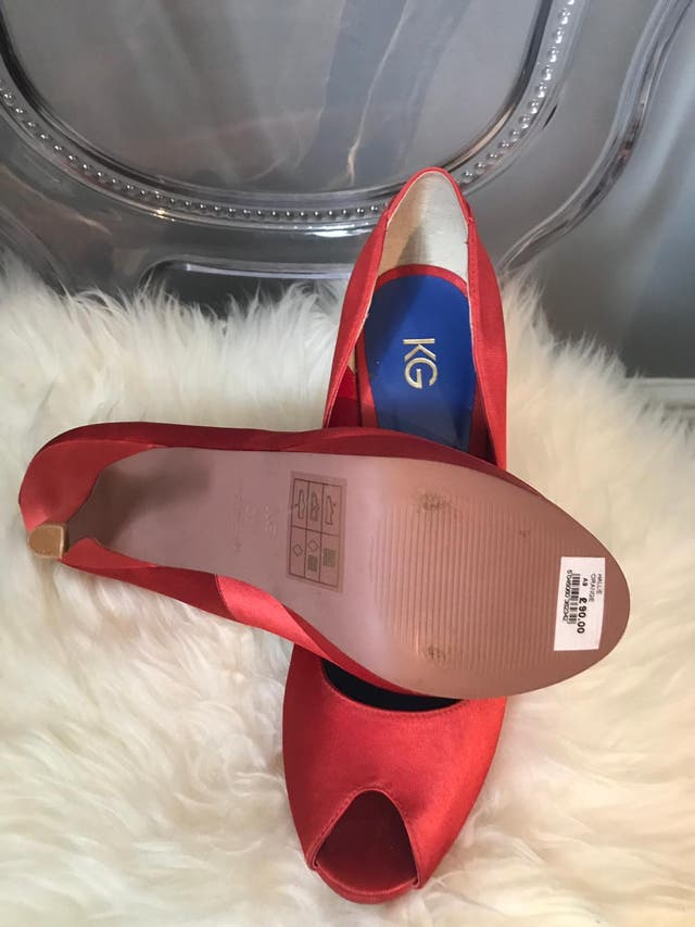 898b19403ea Red court shoes. Kurt Geiger second hand for £30 in London in WALLAPOP