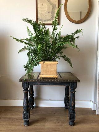 Mesa auxiliar madera- latón