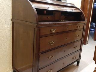 precioso mueble antiguo