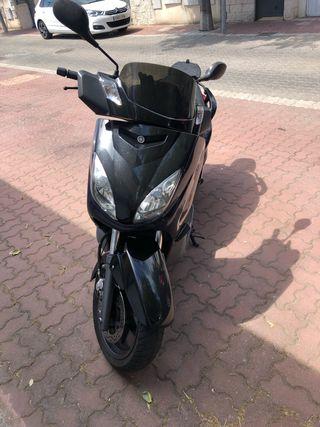 737d26d169a asiento de moto. Yamaha xmax 125 o 250. Yamaha xmax 125