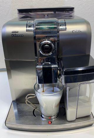 Cafetera saeco syntia cappuccino