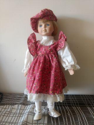 muñeca de porcelana inglesa