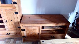 mueble tv en madera maciza
