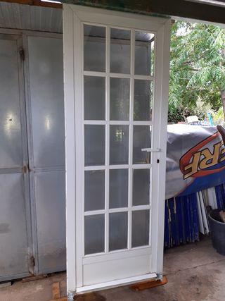 Puertas De Aluminio De Segunda Mano En La Provincia De Valencia En