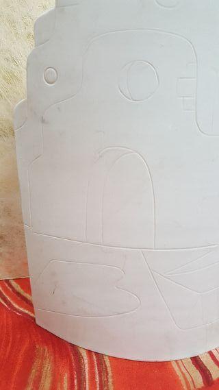 Teja en relieve alabastro