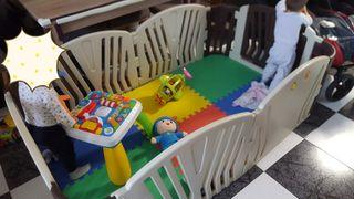 Parque infantil gemelar