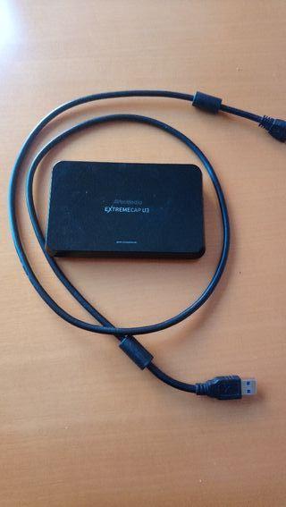 Capturadora PS4 1080p 60fps marca Avermedia..