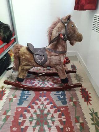 cheval pour enfant