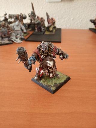 cazador ogro Warhammer fantasy