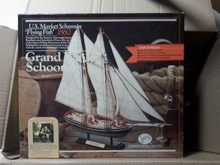 Maqueta de madera barco
