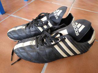 "ADIDAS. botas futbol hombre modelo ""hard ground"""