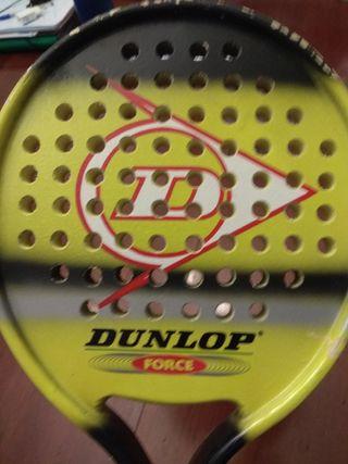Pala de Padel Dunlop Force.