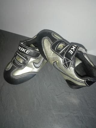 zapatillas nike niño numero 22