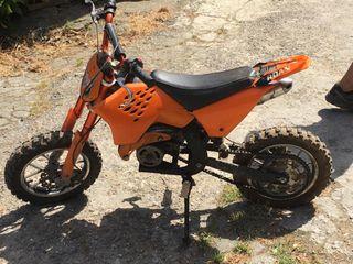 Vendo moto averiada KTM 50cc