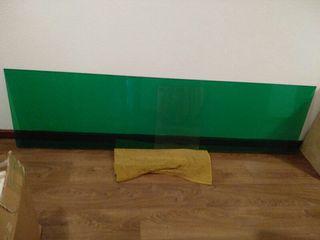 Criltal verde encimera frontal cocina varios