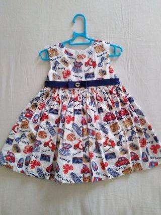 3 Vestidos de niña