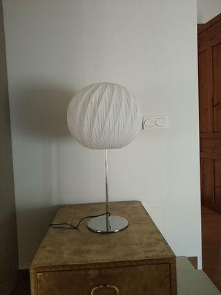 lampampara de sobremesa