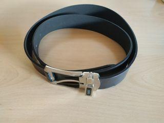 Cinturón de calidad GStar y Gucci talla 110