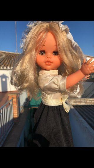 Muñeca Carolina de beymol años 70