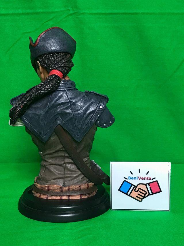 Aveline Assassins Creed IV Black Flag BUSTO