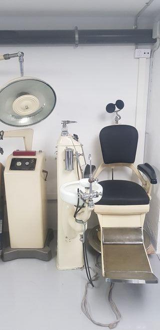 equipamiento dental vintage