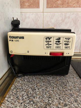 Freidora taurus F2/ luxe