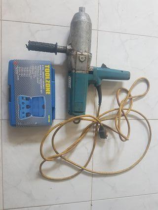 llave de impacto de 1 pulgada Bosch