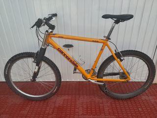 bicicleta montaña Cannondale mejorada