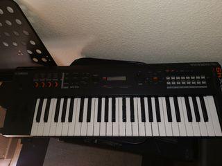 sintetizador yamaha x49