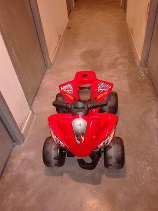 quad con bateria para niños