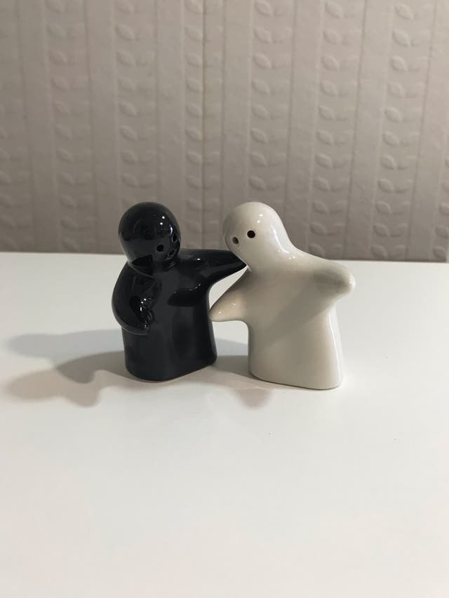 Divertido Salero y Pimentero, cerámica