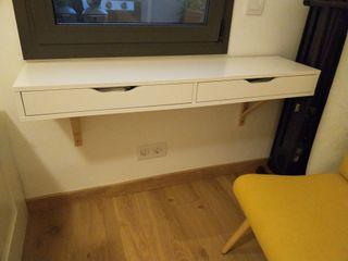 vendo escritorio de pared, regalo silla a conjunto