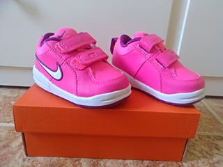 zapatillas de deporte niña Nike talla 21