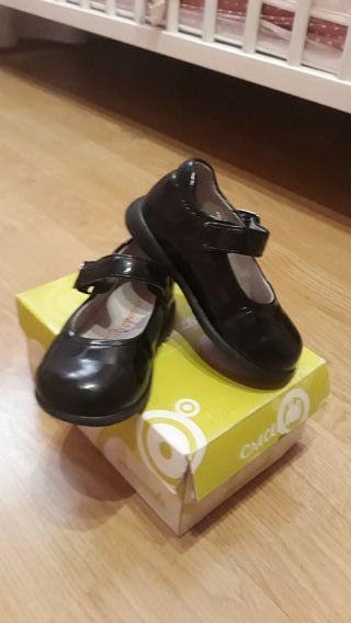 zapatos charol negro piel 21